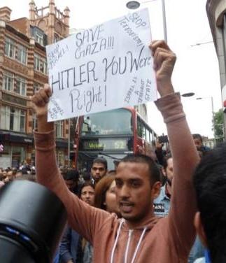 Λονδίνο, 30/07/2014: Διαδήλωση για Operation Protective Edge & Γάζα: Σύνθημα 'Hitler You Were Right!'